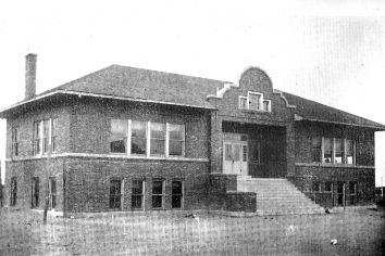 1916 image of old Lordsburg High School. (Courtesy Hidalgo County Heritage Society)